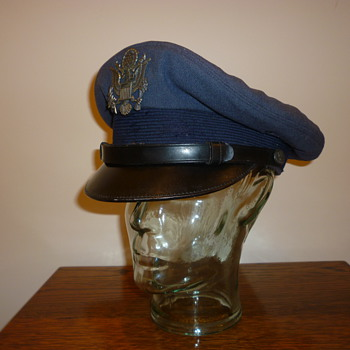 USA 1950's Air Force cap, (cover).