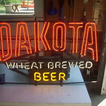 Dakota Wheat beer neon sign - Signs