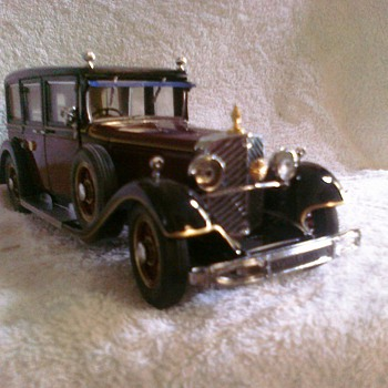 """Emperors Car"" 1935 Mercedes is a gorgeous and elegant modle with great detail/ - Model Cars"