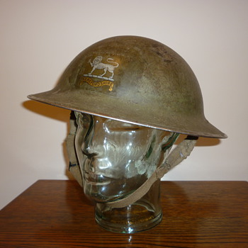 British WWII Herefordshire Regiment steel helmet - Military and Wartime