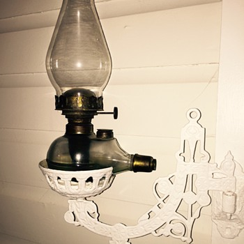 Era of this Kerosene lantern? - Lamps