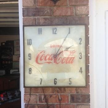 $3 Coca Cola Clock