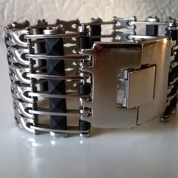 Stainless Steel & Rubber Bracelet Thrift Shop Find 50 Cents ($0.53) - Costume Jewelry