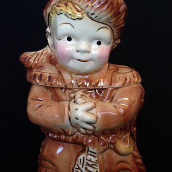 Old 1950's Young Davy Crockett Gold Trimmed Brush Cookie Jar