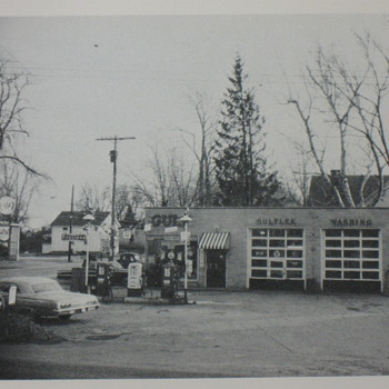 The sad evolution of a gas station, then and now.