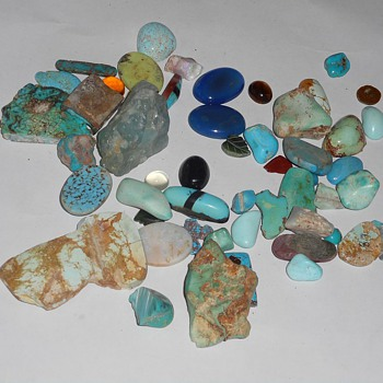 Another bunch of rocks.. :) Turquoise?