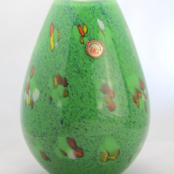 The big green vase from Hokuyo Glass - Art Glass