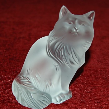 "Lalique ""Heggie"" Cat"