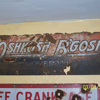 oshkosh'bgosh sign