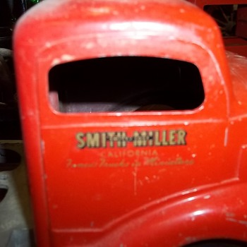 Smith-Miller dump truck - Model Cars