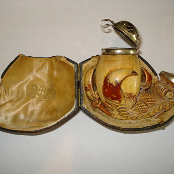 Meerschaum claw pipe with silver - Tobacciana