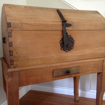 I LOVE this Trunk-Know Anything About it?
