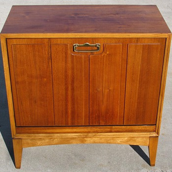 Danish Modern Style Lane Record Cabinet. - Mid Century Modern