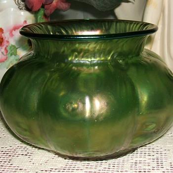 Loetz Creta Rusticana vase - Art Glass
