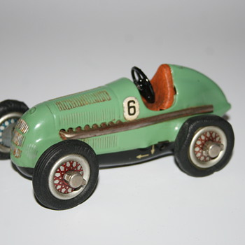 schuco wind up race car 1050 - Model Cars