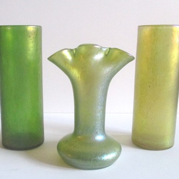 LOETZ FAN VASES: A COMPARISON. - Art Glass