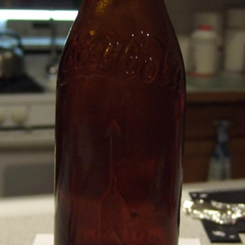 1910-1917 Straight Sided Coca-Cola Bottle Cleveland, O.