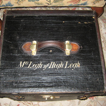 English Made Hat Trunk - Furniture
