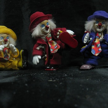 The coolest clowns around - Dolls