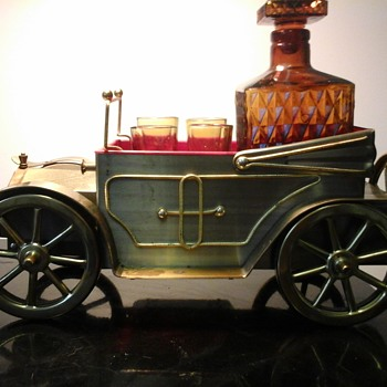 Rolls-Royce Silver Ghost Musical Decanter  - Bottles