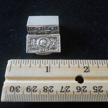 German silver snuff/pill hinged box - Sterling Silver