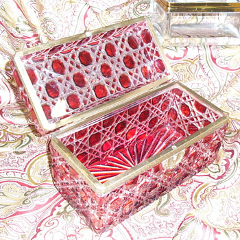 Ruby Red Cut to Clear Sugar Casket