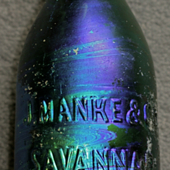 &lt;-&gt; 1860&#039;s Savannah Soda Bottle &lt;-&gt;