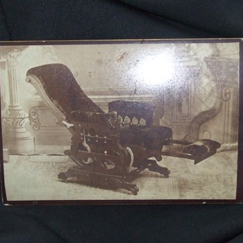 Maddox patented reclining chair - Photographs