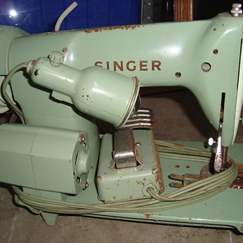 singer sewing machaine - Sewing