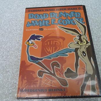 Road Runner & Wile E. Coyote - 15 Cartoon Classics