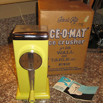 1950's Rival 'Ice-O-Mat - Kitchen