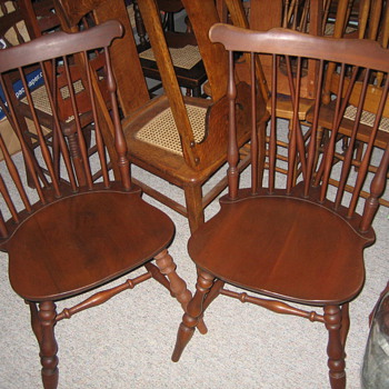 Heywood Wakefield chairs.  - Furniture