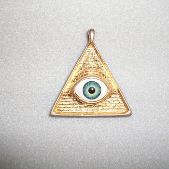 Eye In Pyramid Pendant - Costume Jewelry