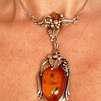 Silver Amber antique necklace/choker - Art Nouveau