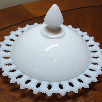 Kemple Milk Glass