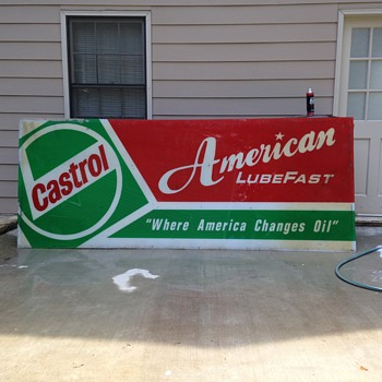Value of 10' x 4' Castrol Lubefast sign.