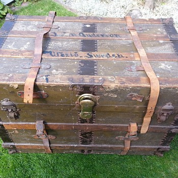 A trunk from the Lusitania - Furniture