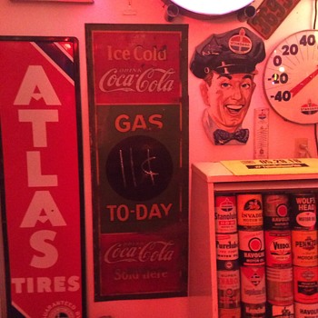 Coca-Cola 1932 Gas To-Day gas station tin sign