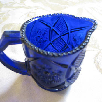 Tiny dark blue creamer - Glassware