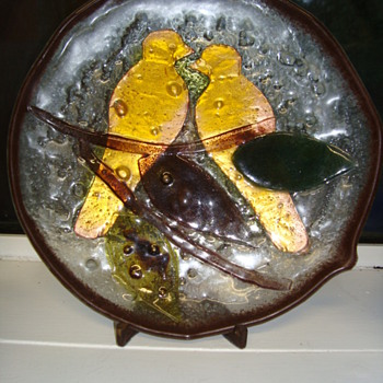 Isn't this lovely? An art glass wall plate with two birds, leaves etc. - Art Glass