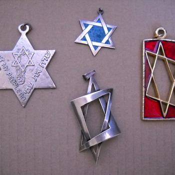 Star of David Pendant Collection - Fine Jewelry