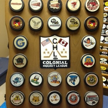 Colonial Hockey League puck board