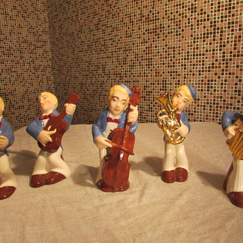 Older Vintage Porcelain 5 Piece Band Set Figurines - Figurines