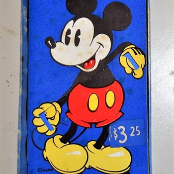The Differences in the Blue Box Mickey Mouse Watches 1935-37