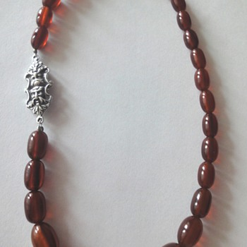 Art deco genuine butterscotch & honey amber necklace, rare silver clasp.