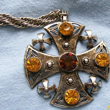 Vintage Maltese Cross signed on back Weiss  - Costume Jewelry