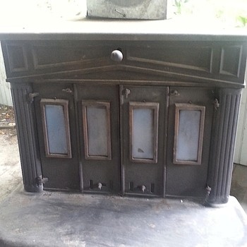 Benjamin Franklin wood burning stove
