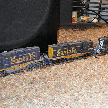 HO Athearn Freight Train - Model Trains