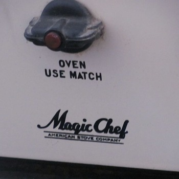 Magic Chef Stove and Warming Oven