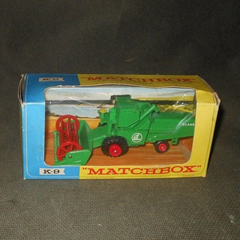 Matchbox King Size K-9 Claas Combine Harvester - Model Cars
